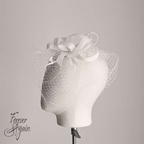 Sinamay fascinator in cream