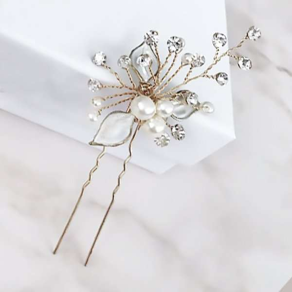 Brushed gold hairpin