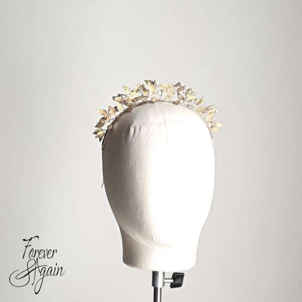 Gold leaf fascinator
