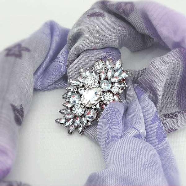 Crystal silver brooch for shawl