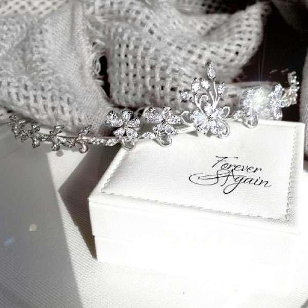 Cubic zirconia tiara