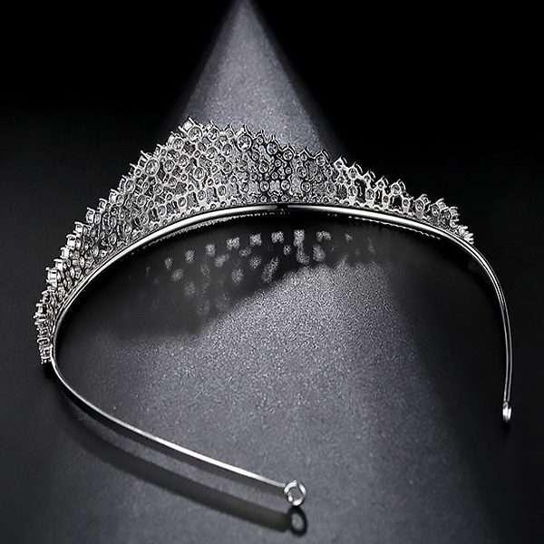 Bride, bridal tiara