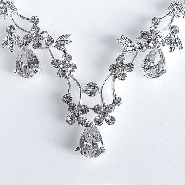 Crystal bridal set
