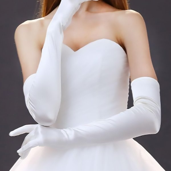 Debutante Gloves in White