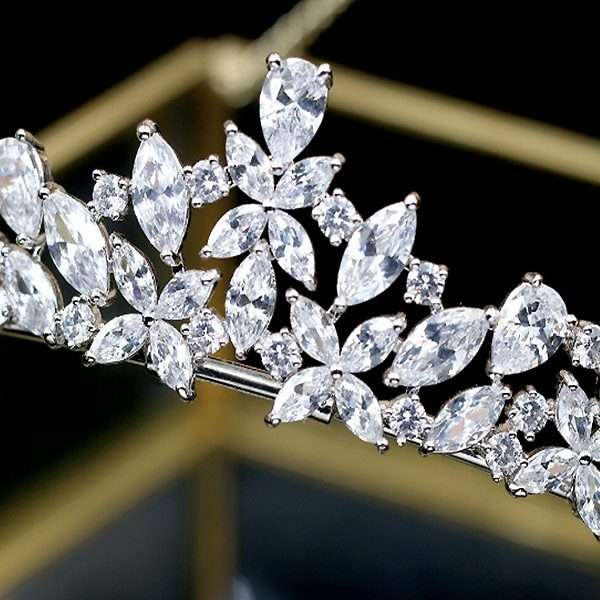 Cubic Zircon crown