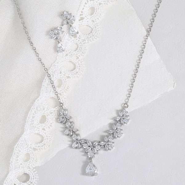 Crystal wedding set