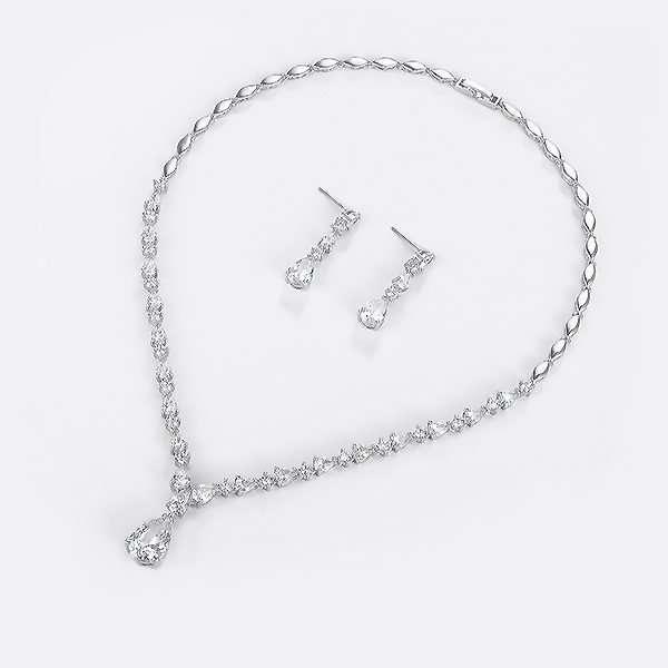 Cubic Zirconia jewellery set