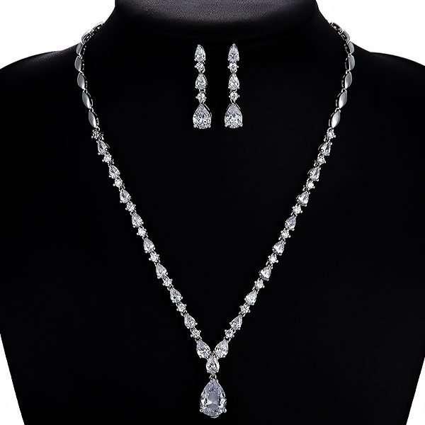 Bridesmaid or bridal jewellery set