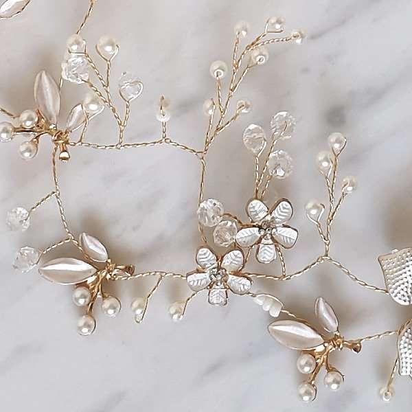 Bridal rose hair vines