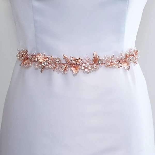 Rose floral belt