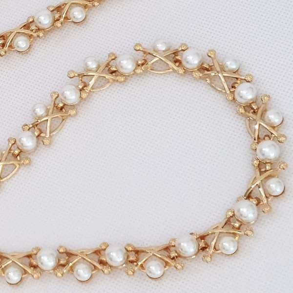 GOlden pearl brides belt