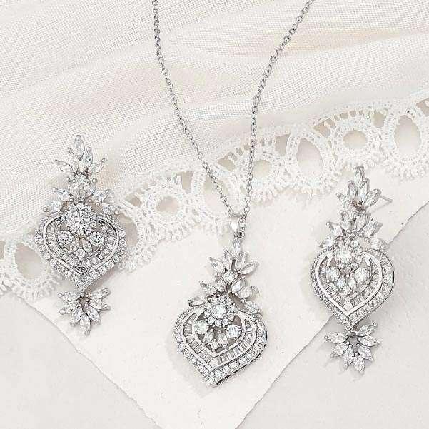 Bold Jewellery Set