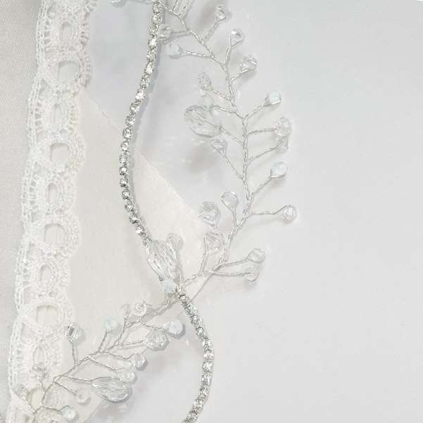 Crystal wedding vine