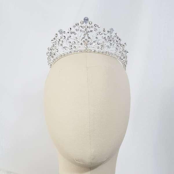 Crystal elegant crown