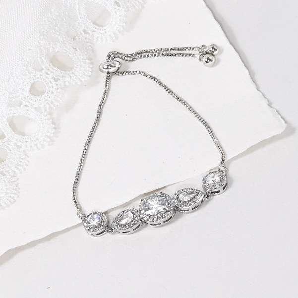 Minimalist crystal bracelet