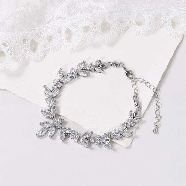 Crystl bracelet